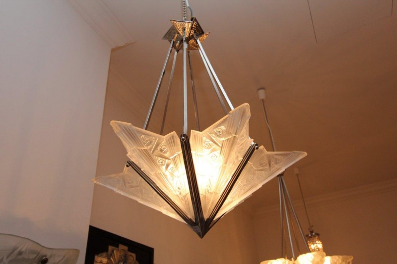 h bsche deckenlampe mit sechs glasschalen art d co annette stern art d co m bel lampen. Black Bedroom Furniture Sets. Home Design Ideas