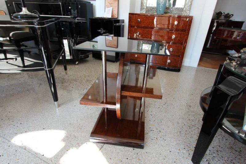 asymmetrischer beistelltisch art d co annette stern. Black Bedroom Furniture Sets. Home Design Ideas